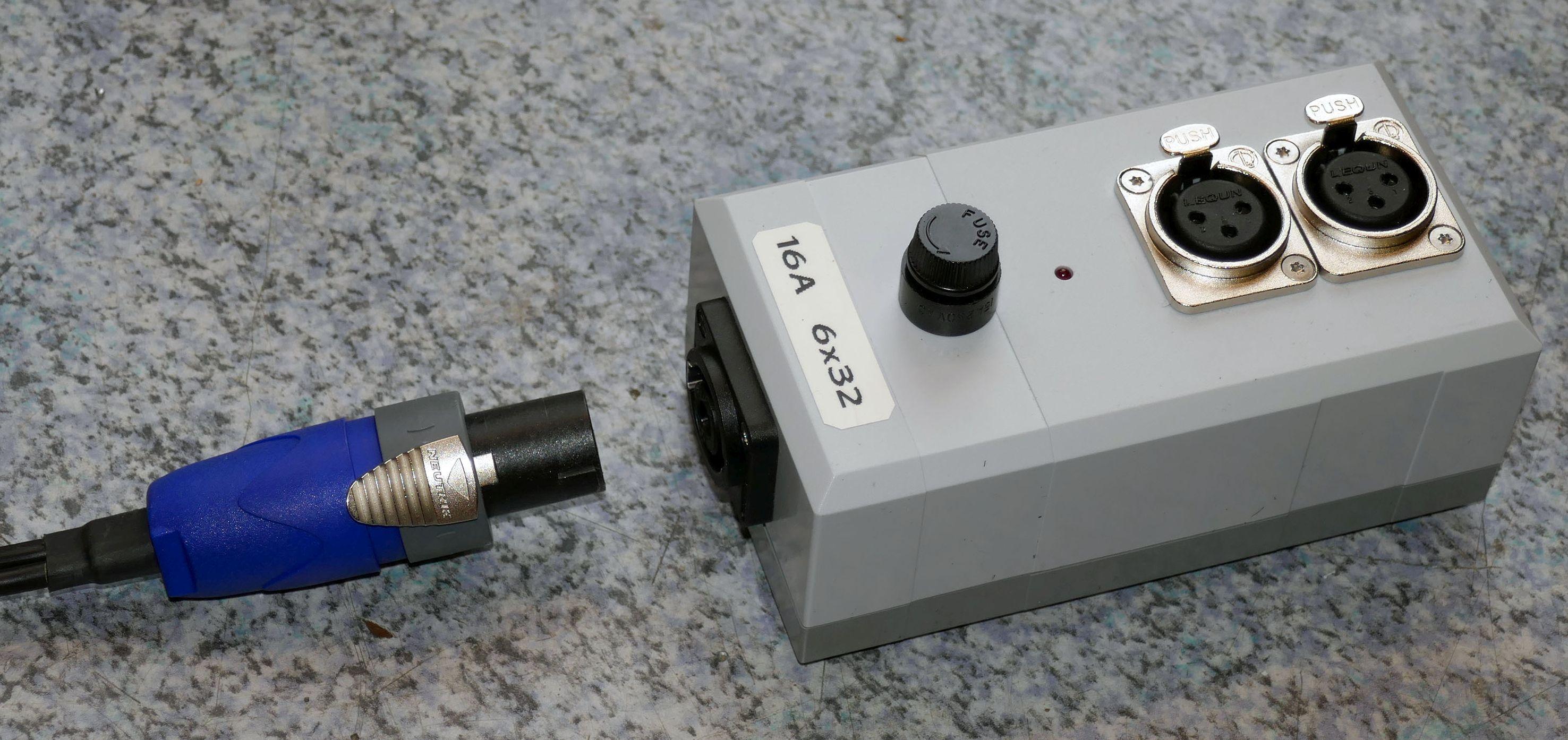 Verteilerbox 12 V Anschlussbox 12V XLR-Stecker